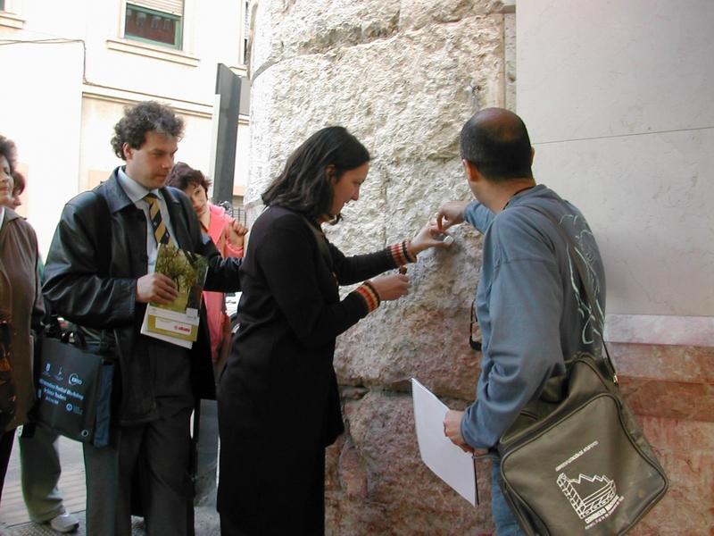 Actividad de geología urbana organizada por la asociación Septem Nostra