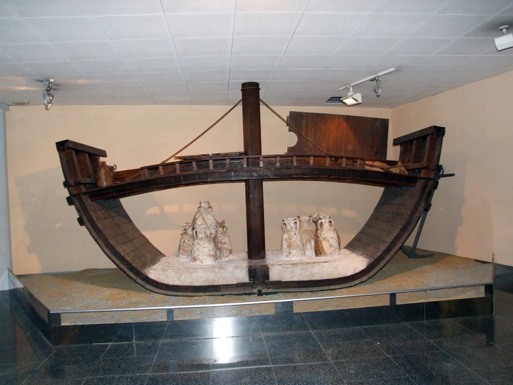 Reconstrucción barco romano para el comercio