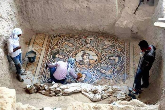 Mosaico de las Nueve Musas